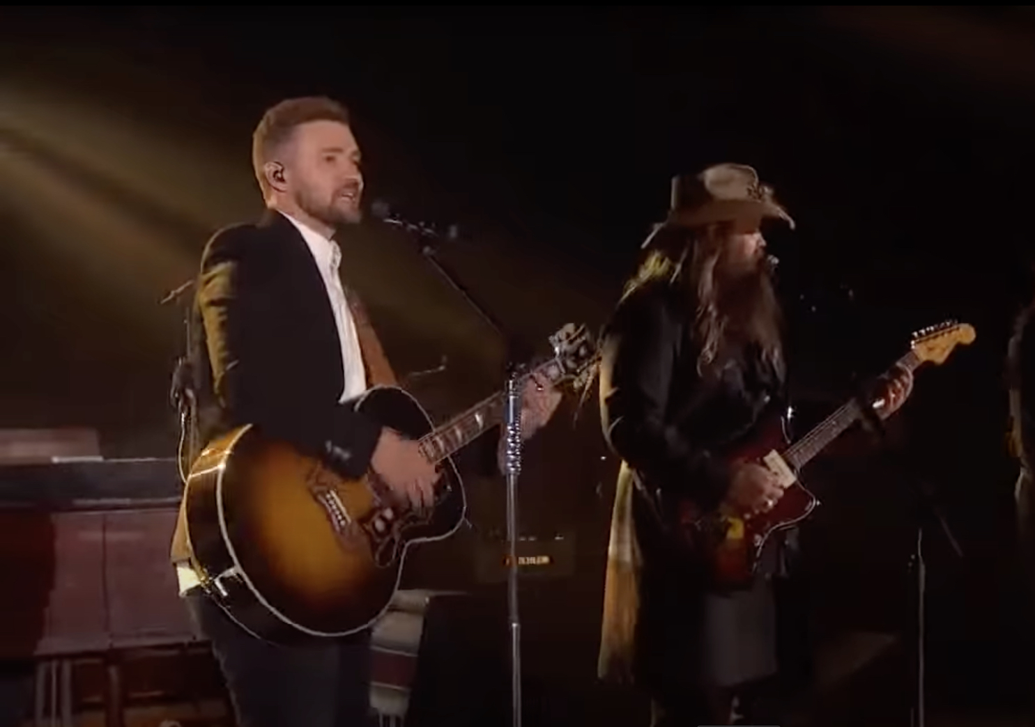 Ein Countrysänger, ein Superstar und alkoholhaltige Songs